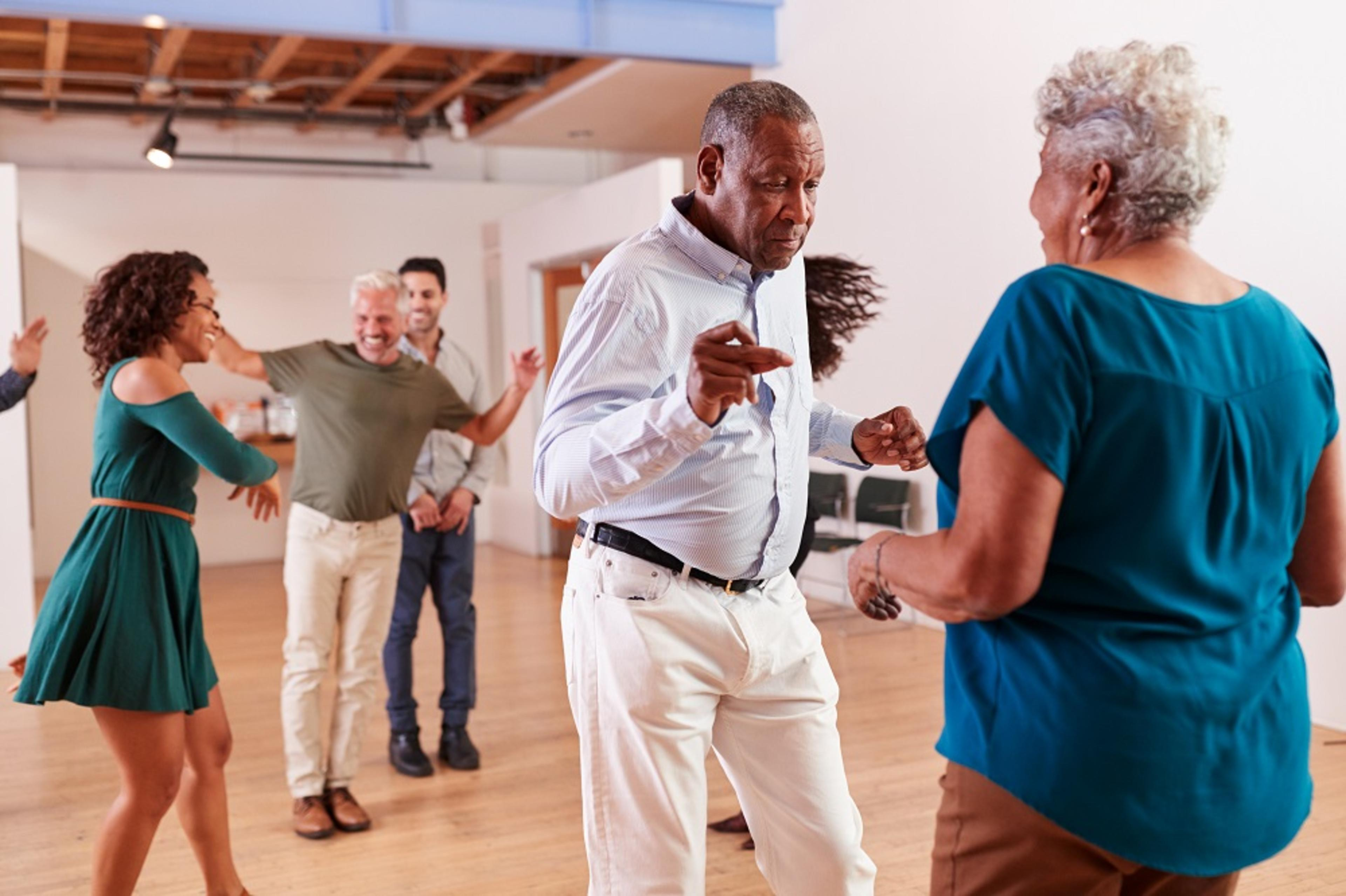 Huntley Place - lifestyle image dance class