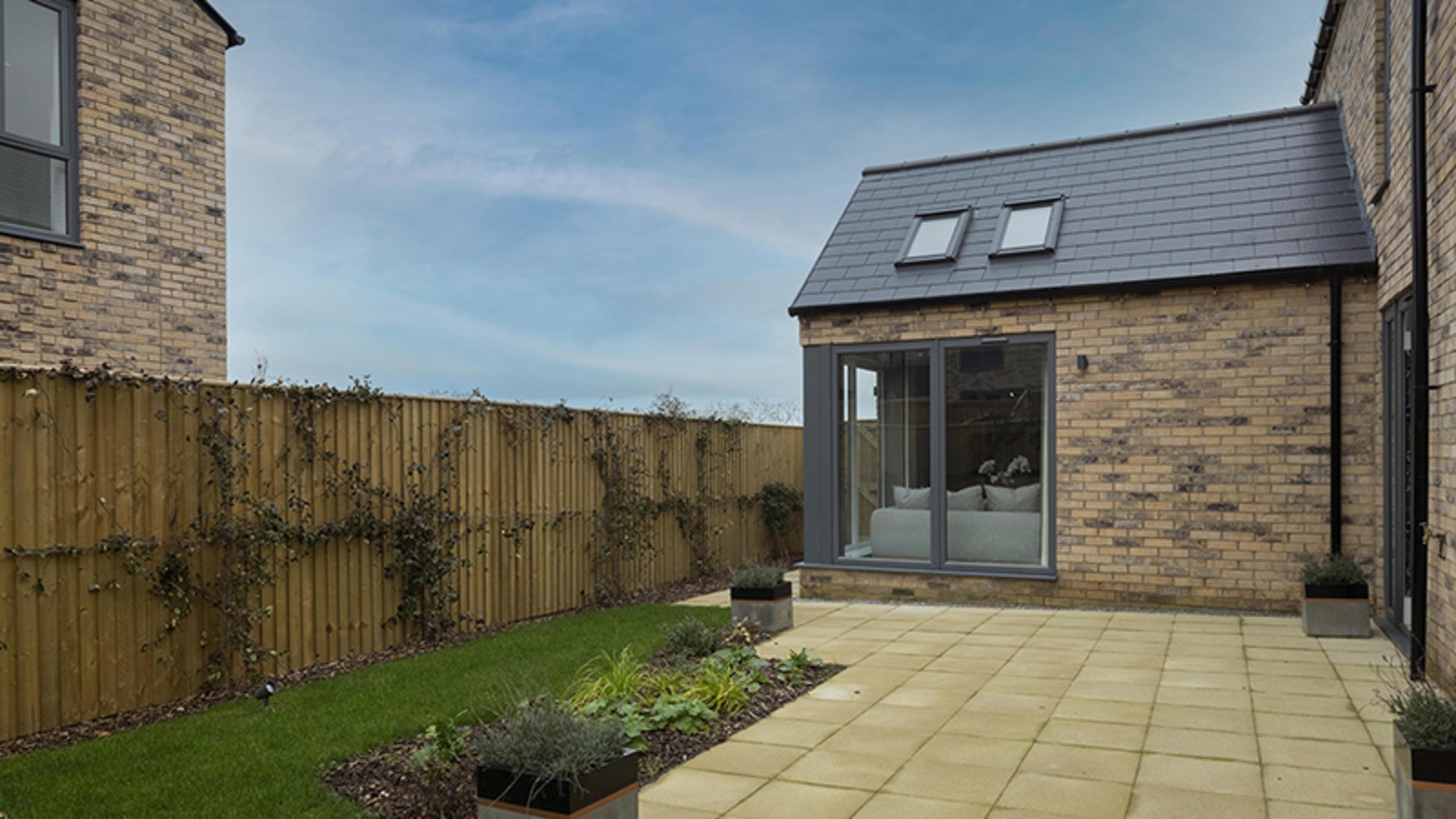 watling-grange-harrogate-merevale-4-bed-home-external-rear-garden-1