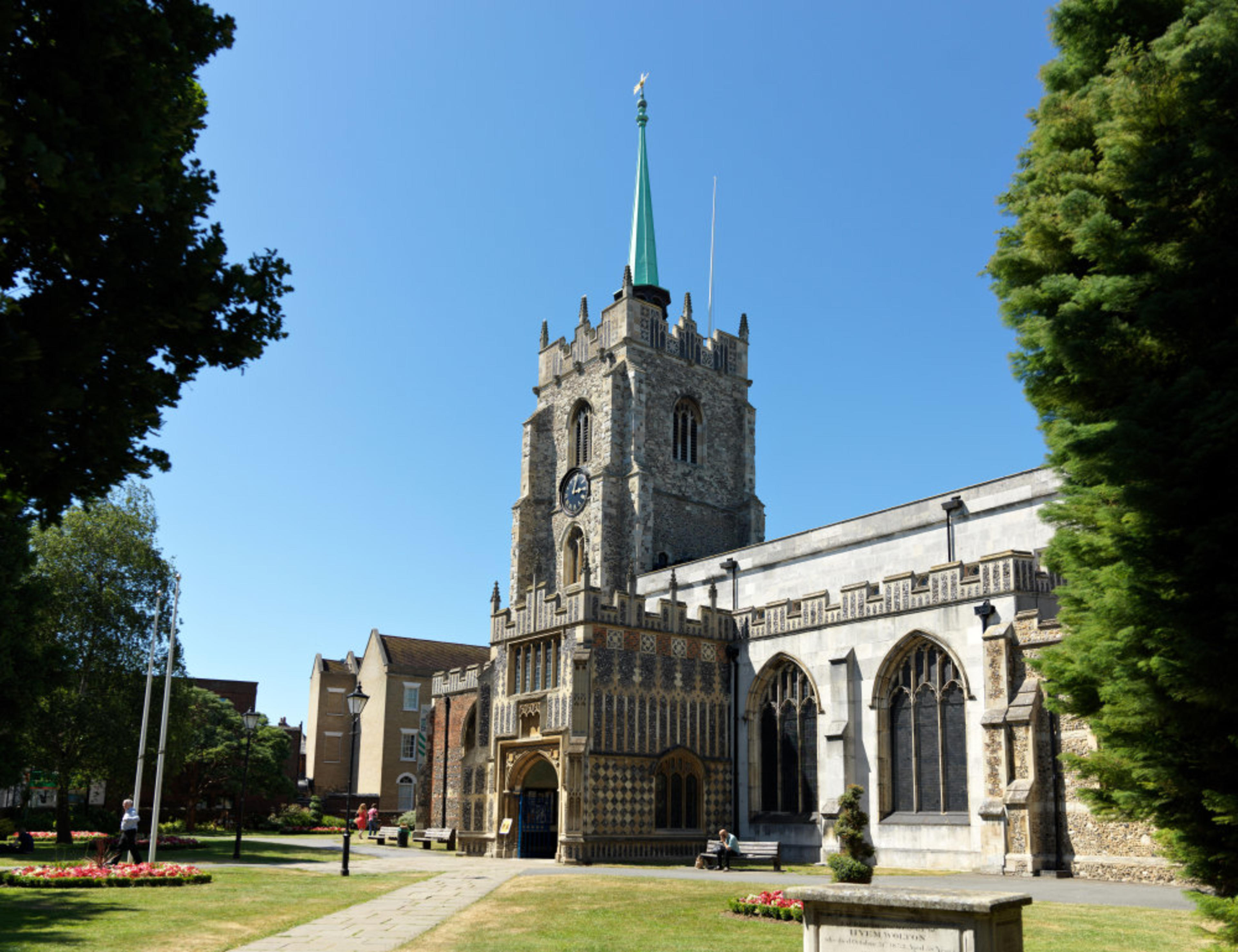 Pompadour - Chelmsford Cathedral