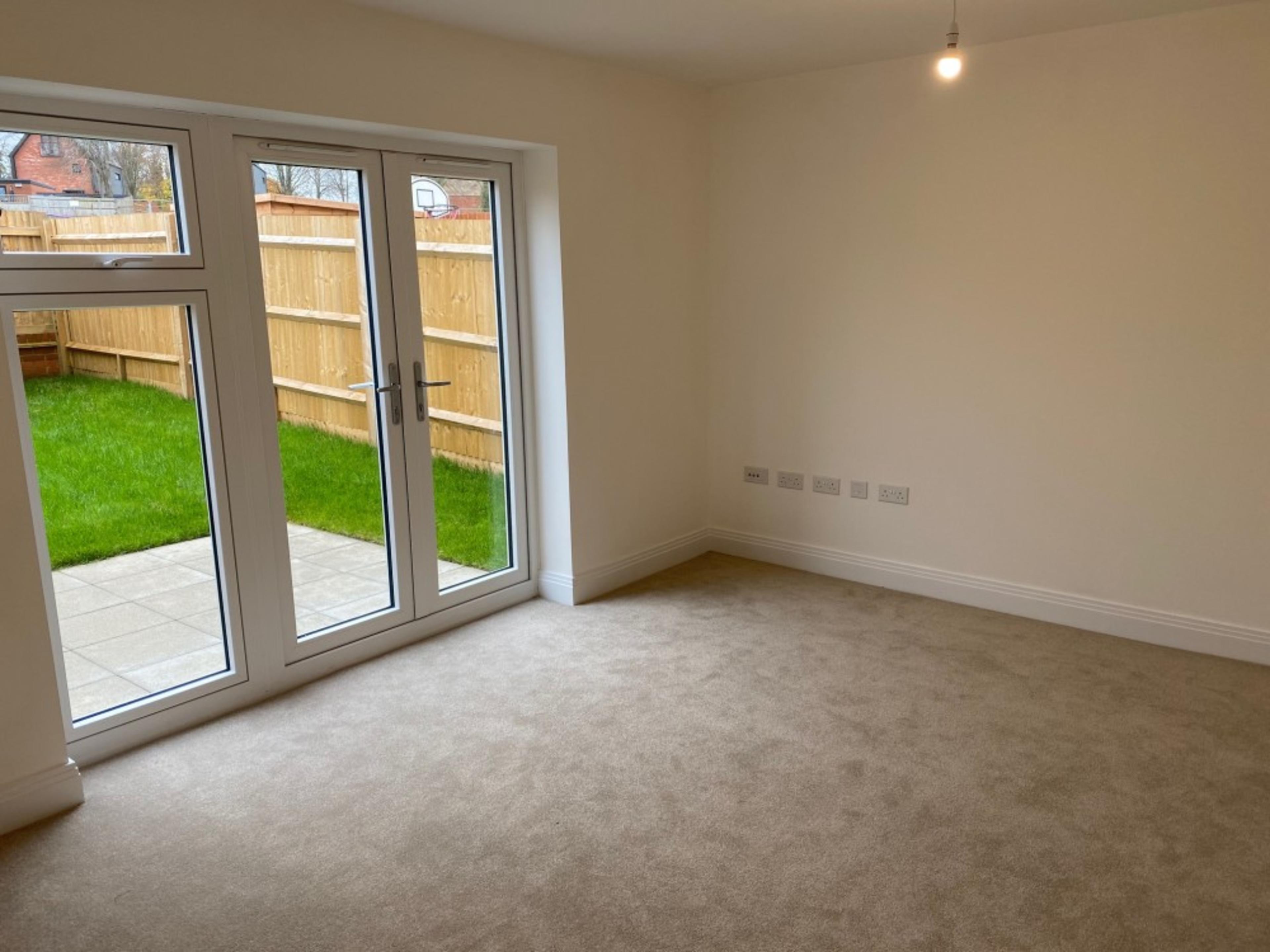 Kings Barton - 3 bed - Living room
