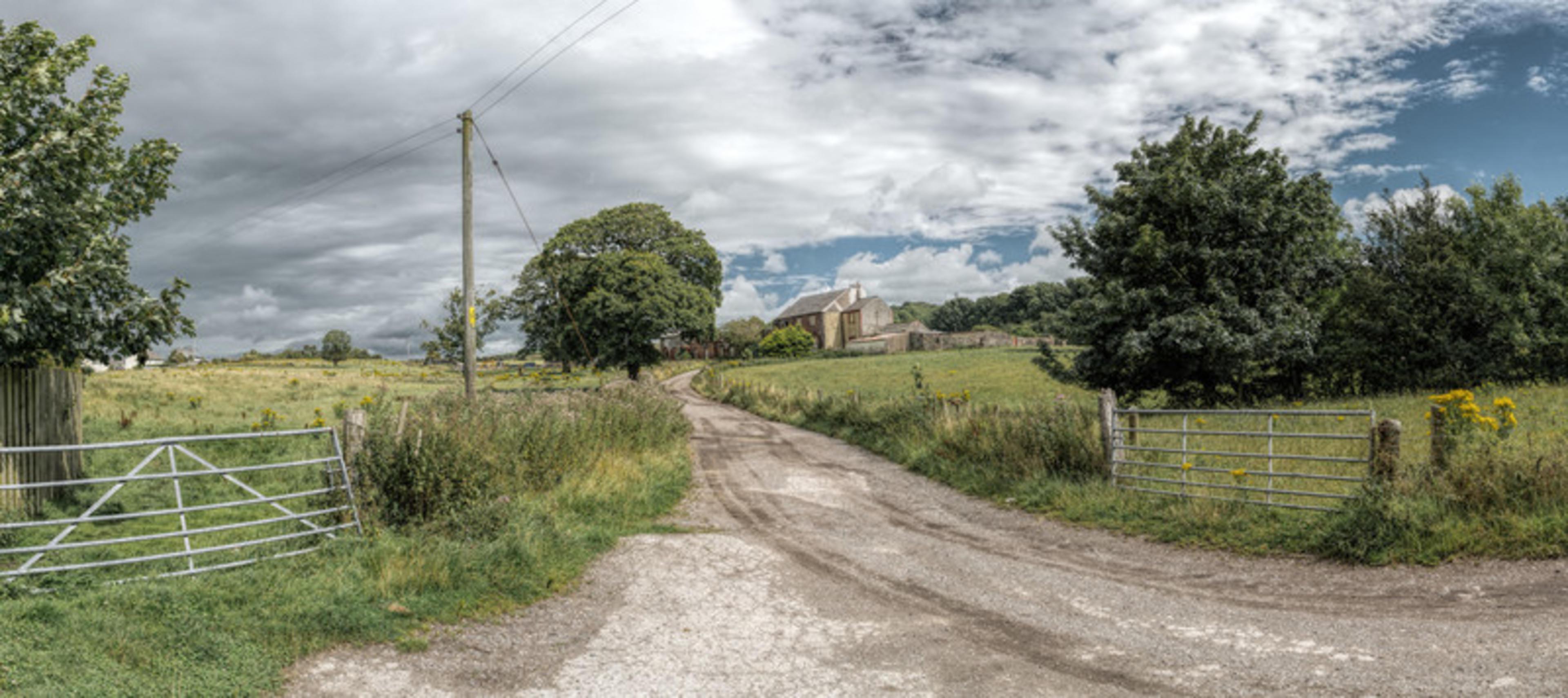 longstone-manor-new-build-nature-local -area
