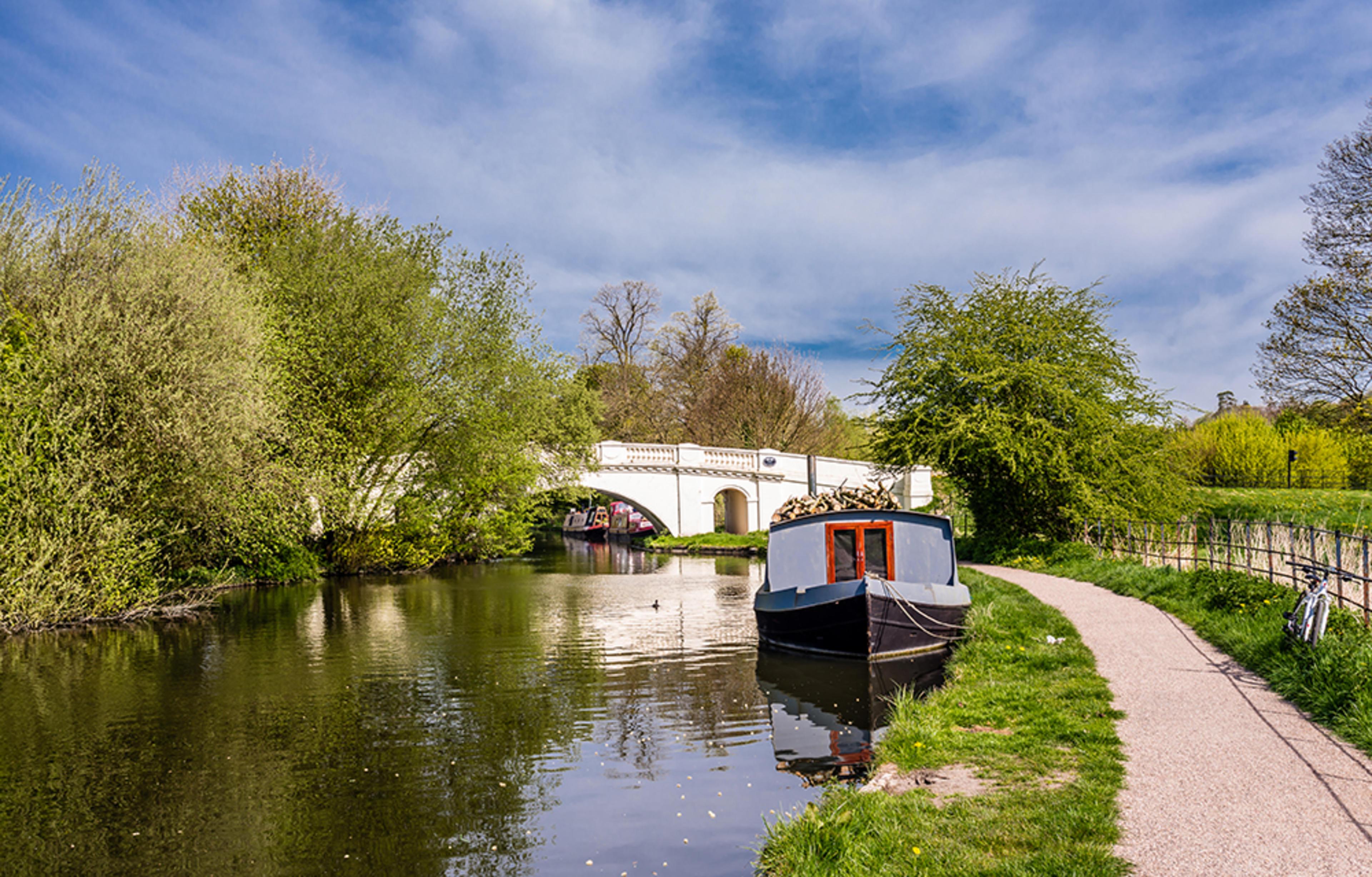 union-park-hillingdon-development-canal-1
