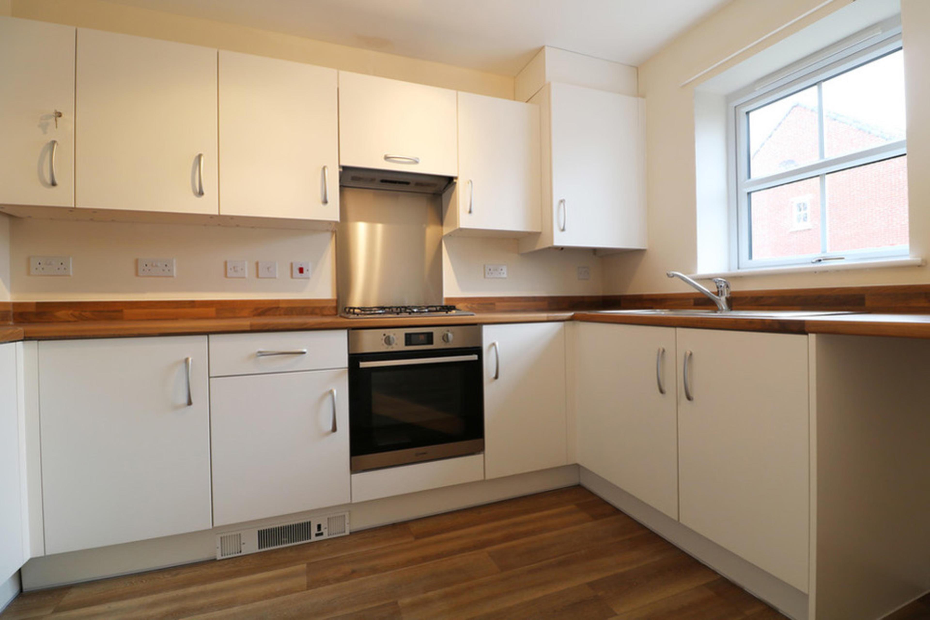 Oak Park - kitchen