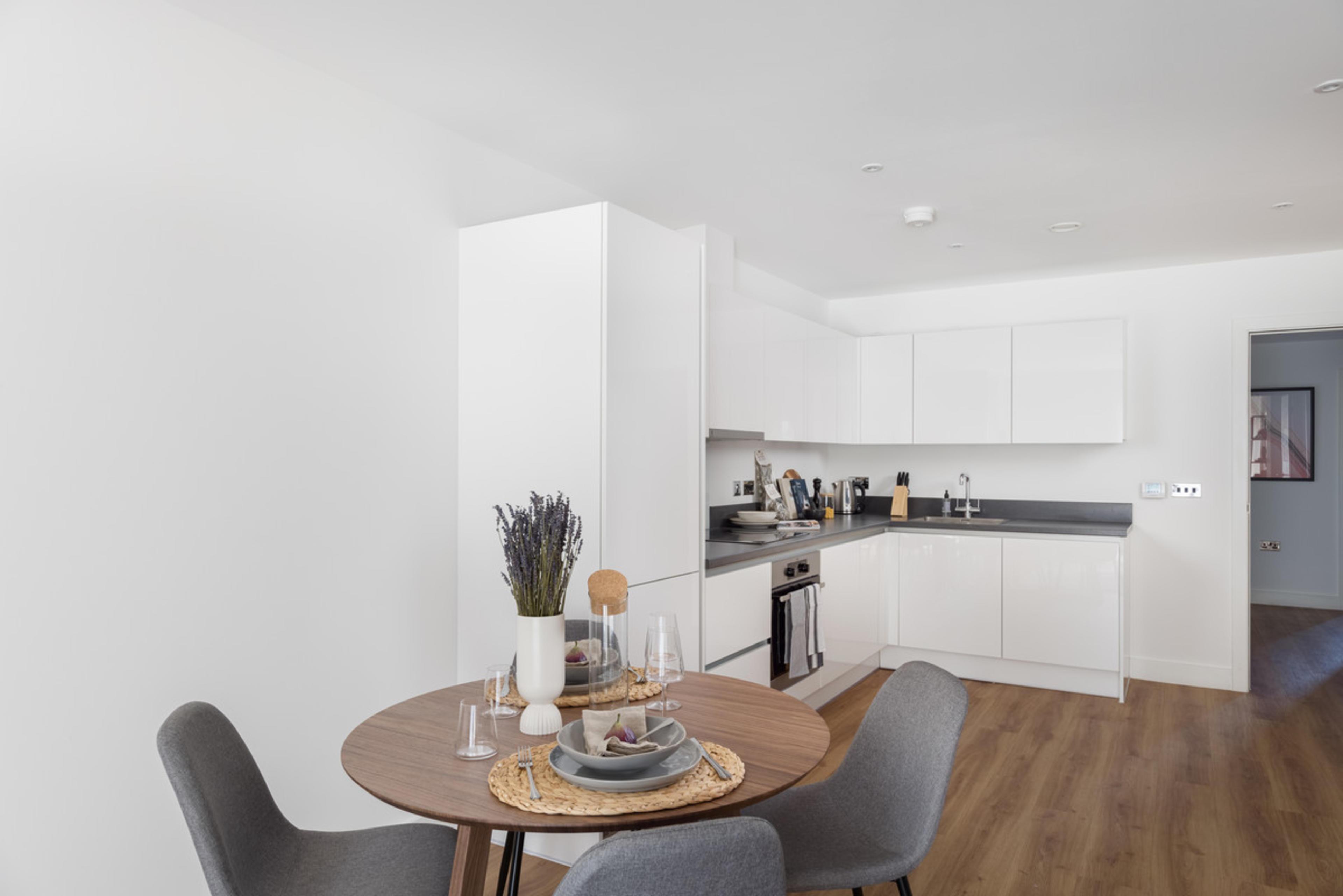 RUB1X - kitchen/dining