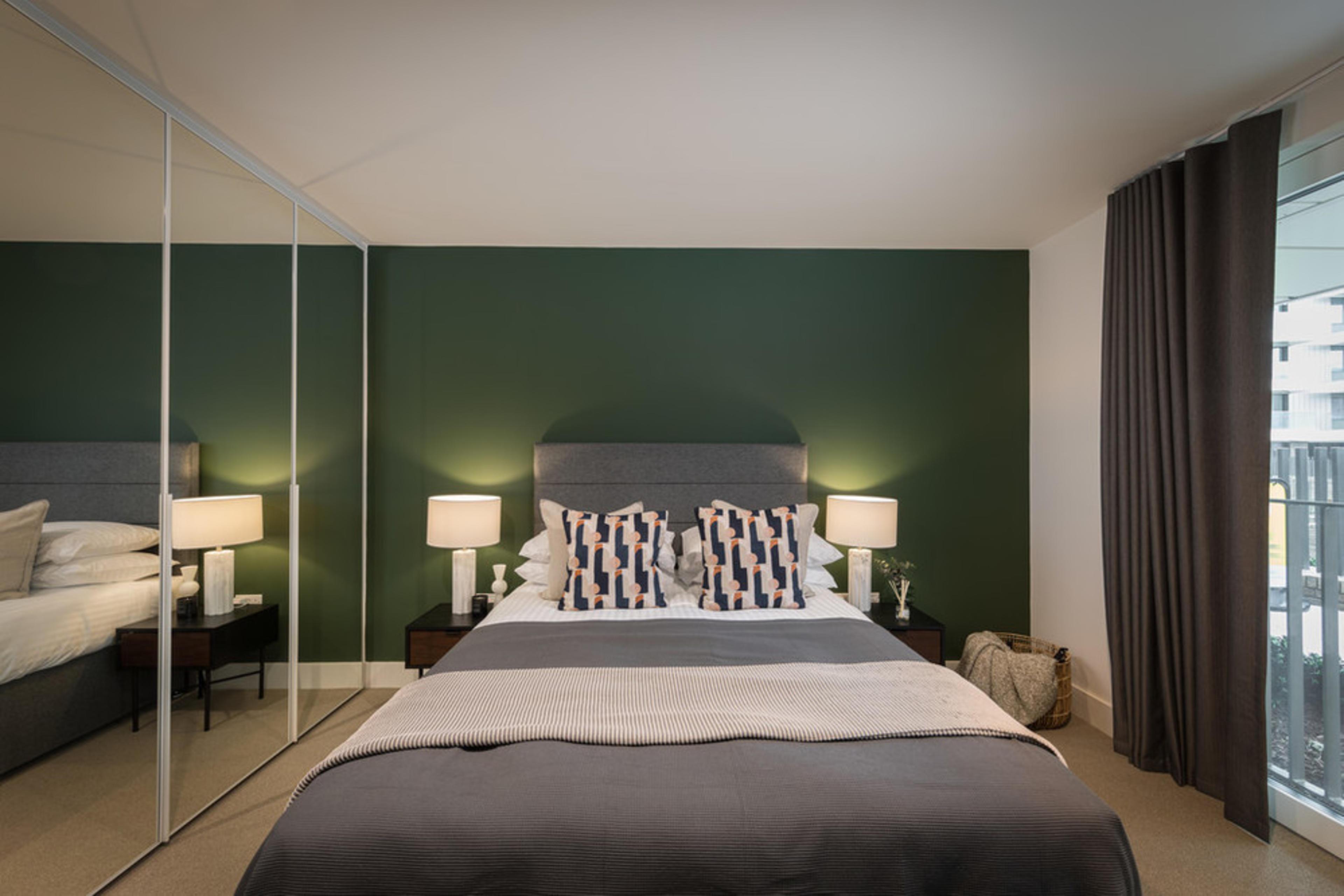 Anthology Wembley Parade - Green Bedroom 3