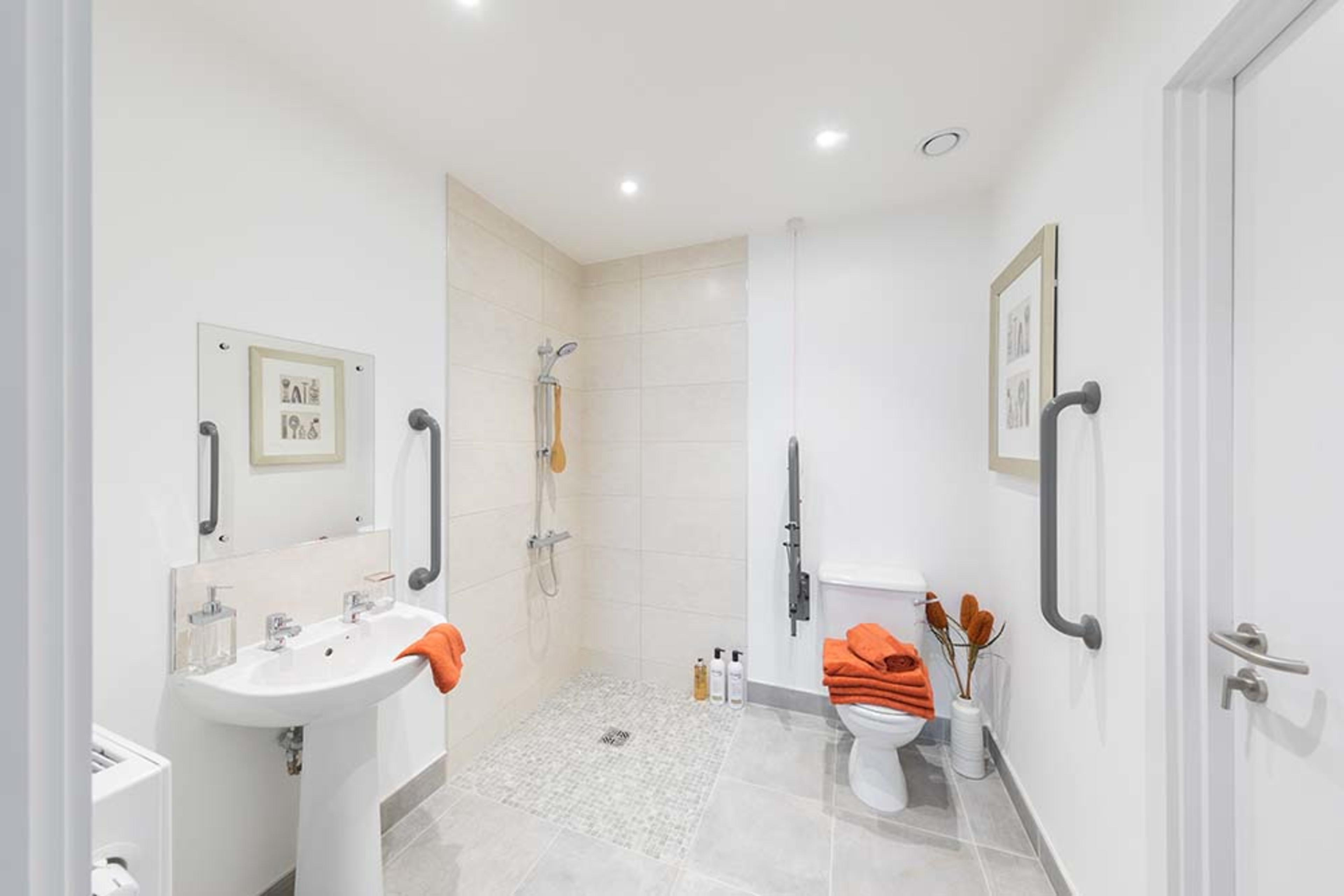 Huntley Place - Shower room