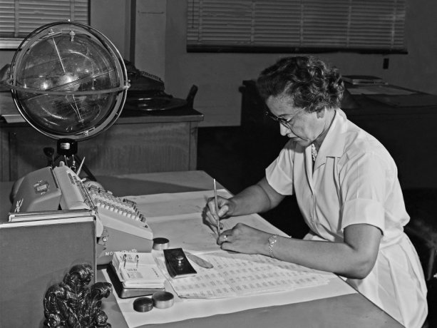 "NASA ""computer"" Katherine Johnson performs calculations at her desk at Langley Research Center, in Hampton, Virginia, about the mid-1960s."