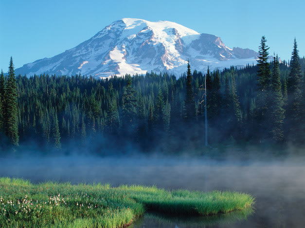 Mount Rainier, Mount Rainier National Park, Washington.
