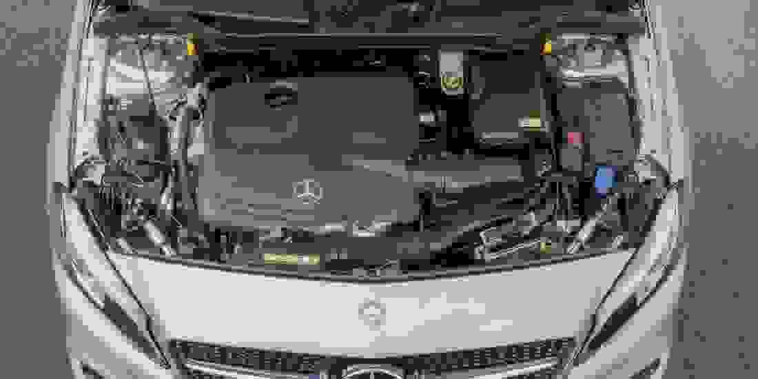 Mercedes-Benz A 250 Gebrauchtwagen online kaufen Slide 2