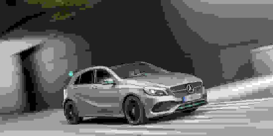 Mercedes-Benz A 250 Gebrauchtwagen online kaufen Slide 3
