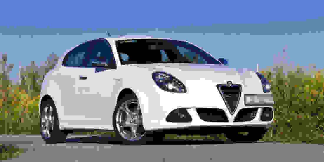 Alfa Romeo Tageszulassung Gebrauchtwagen online kaufen Slide 2