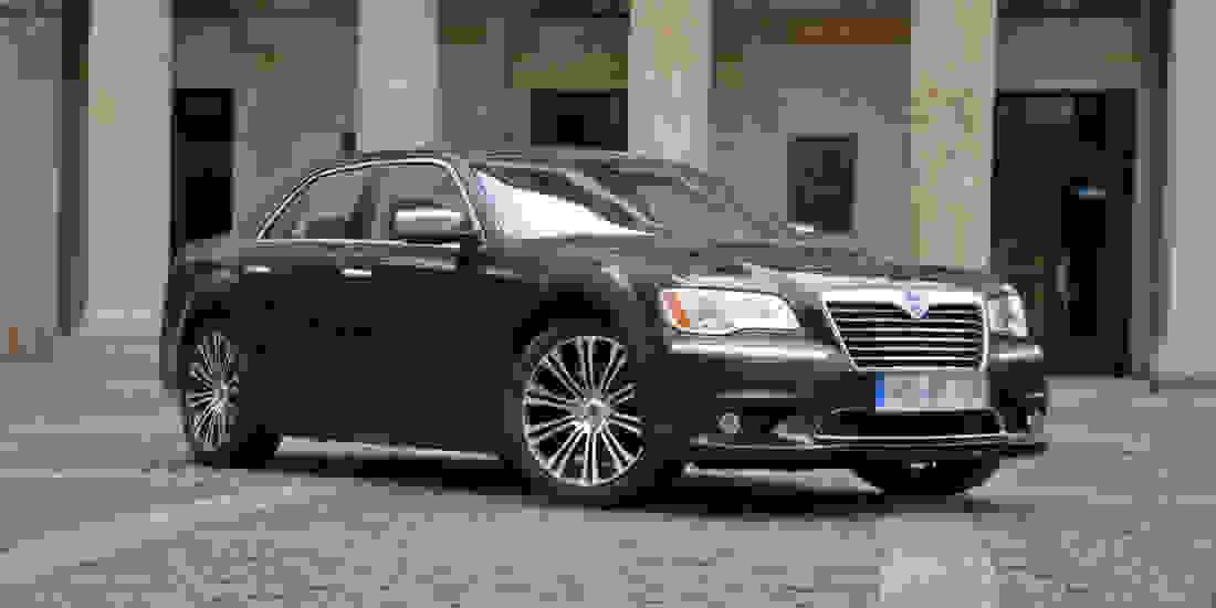 Lancia Gebrauchtwagen online kaufen Slide 3