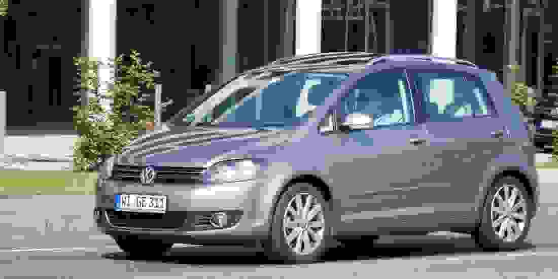 VW Golf Sportsvan Gebrauchtwagen online kaufen Slider 3