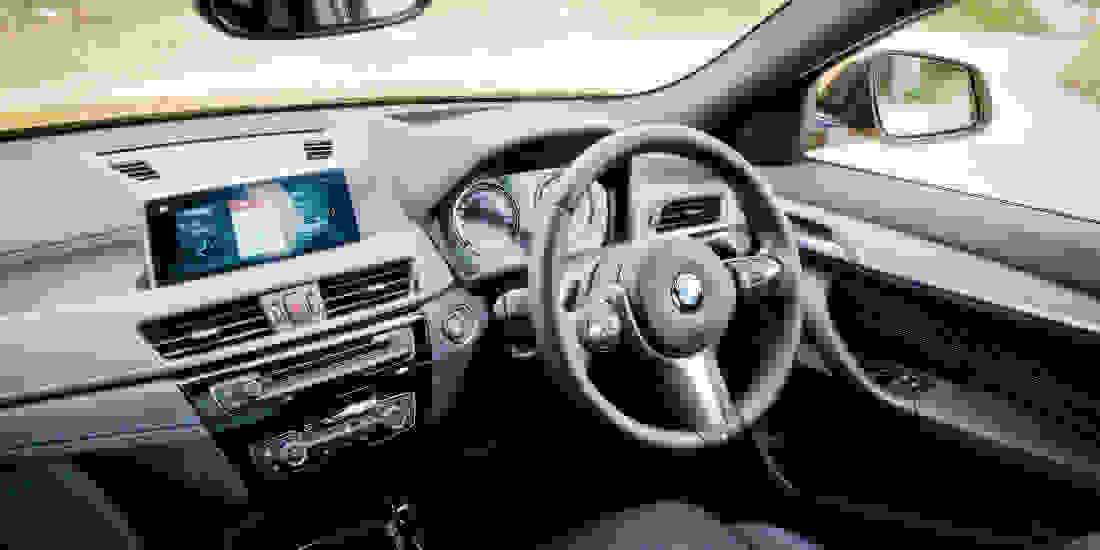 BMW X2 Gebrauchtwagen online kaufen Slider 3