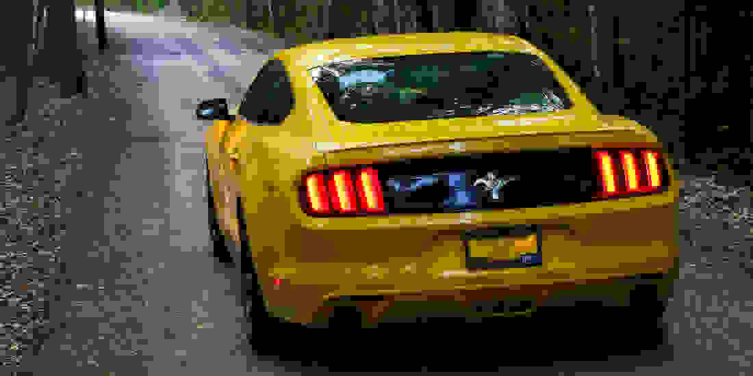 Ford Mustang Gebrauchtwagen online kaufen Slider 2