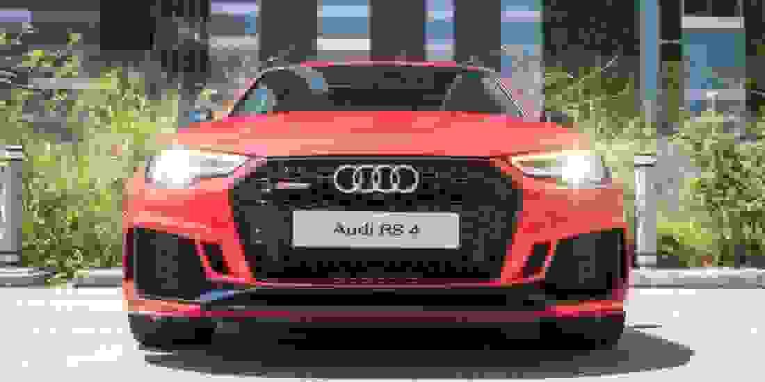 Audi RS4 Gebrauchtwagen online kaufen Slider 1