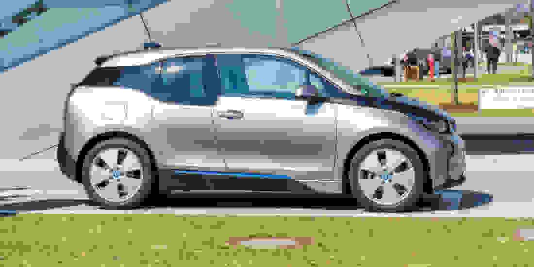 BMW i3 Gebrauchtwagen online kaufen Slider 2