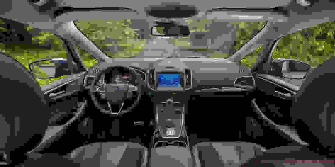 Ford S-MAX Gebrauchtwagen online kaufen Slide 2