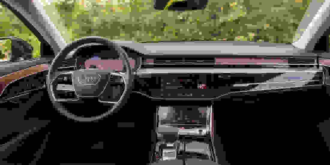 Audi A8 Gebrauchtwagen online kaufen Slider 4