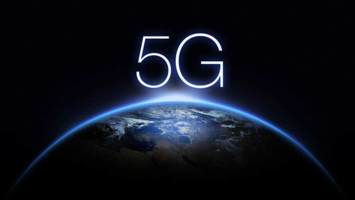"""What role should 5G play in the development of smart cities?"""""""