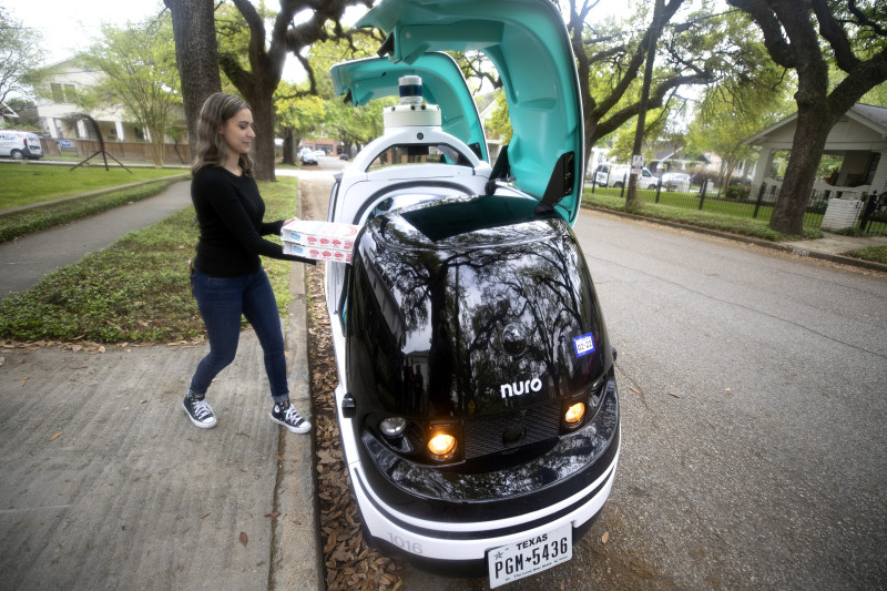 Nuro Car