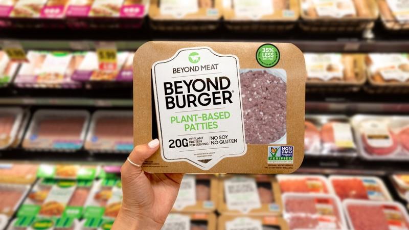 Beyond-Burger-Meat-Case