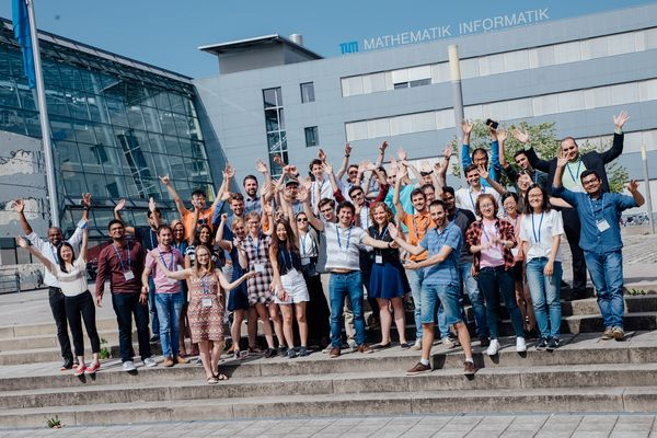 Team foto of all student participating in the EIT Summer School