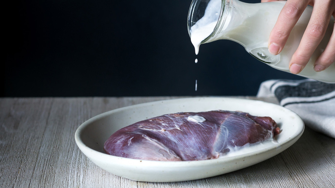 Should You Soak Venison in Milk?