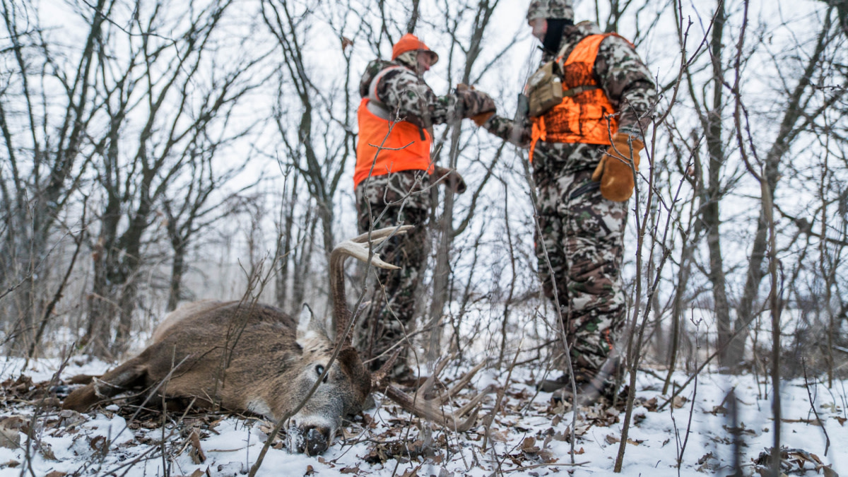 3 Overlooked Deer Hunting Tactics for Late Season