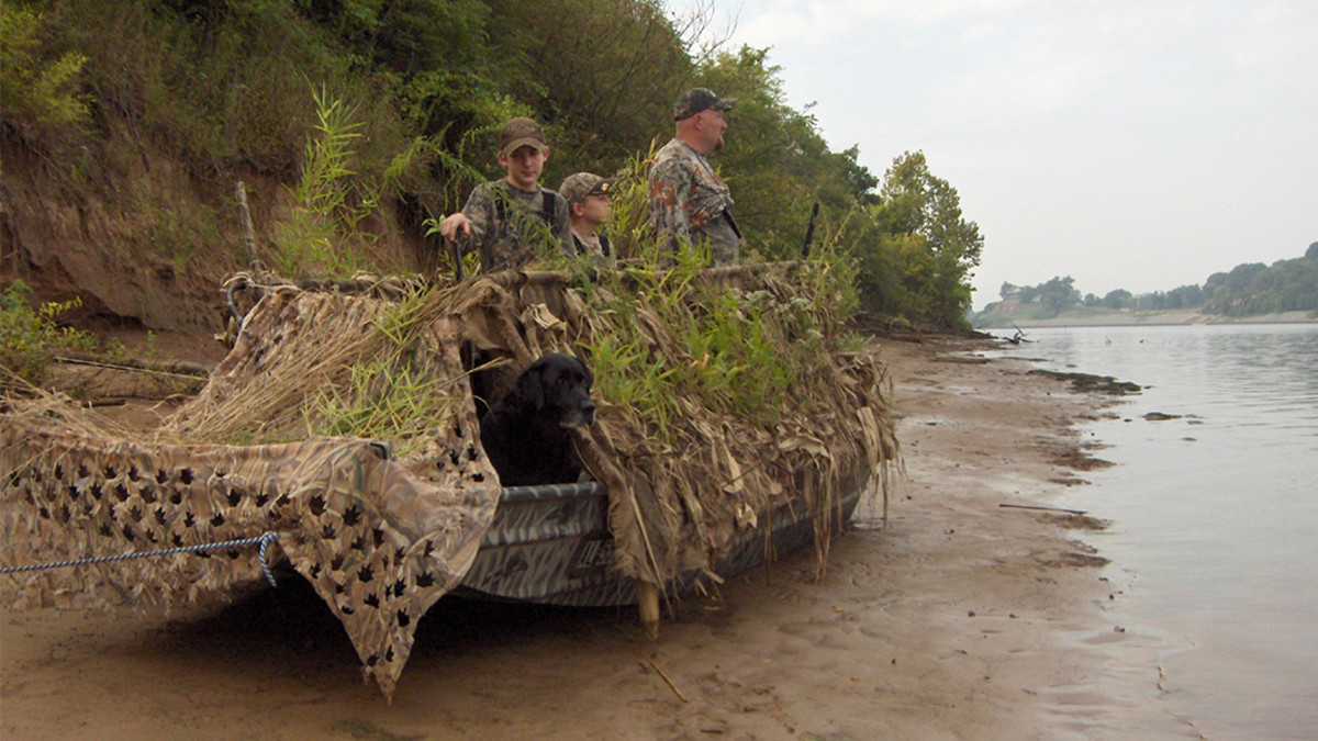 Waterfowl Blinds and Camouflage