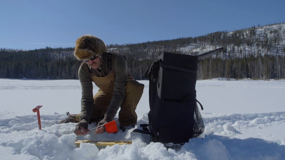 Video: How to Set an Ice Fishing Tip-Up