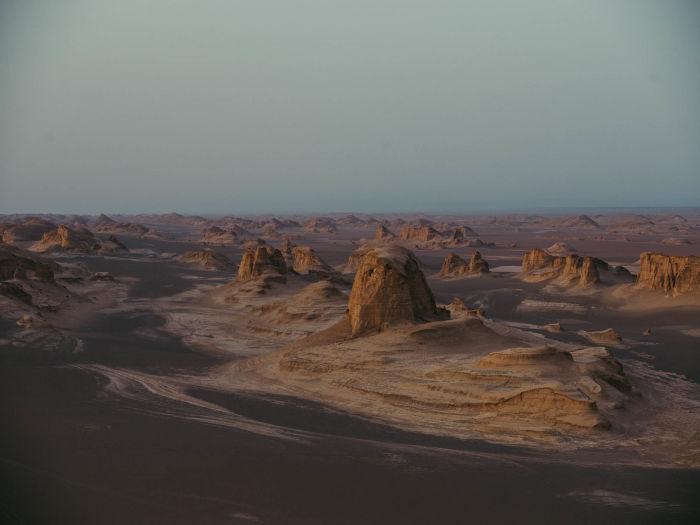 Swarovski Optik Surprises along the Silk Road Nature Outdoor dessert landscape