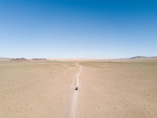 Dusty road Surprises along the Silk Road andreschoenherrDJI 0092-2