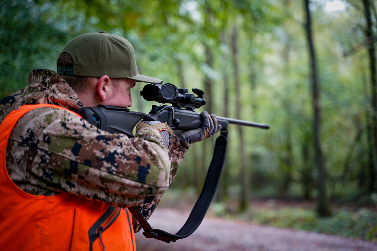 Driven hunting with the Z8i 0.75-6x20 H/ - Stefaan Rotthier on driven hunt with the Z8i 0.75