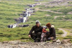 Iceland Hunters Alma, Gunnar and Kria