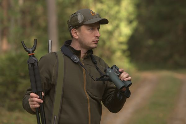 Hunting red deer in Poland - Adam Depka Prądzinski