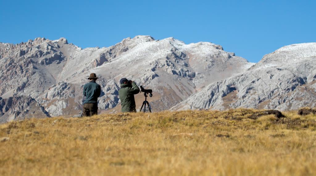 Rick Bateman The Freedom to experience more Swarovski Optik Binoculars mountain landscape Spotting scope