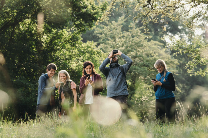 Group of people birding together dG