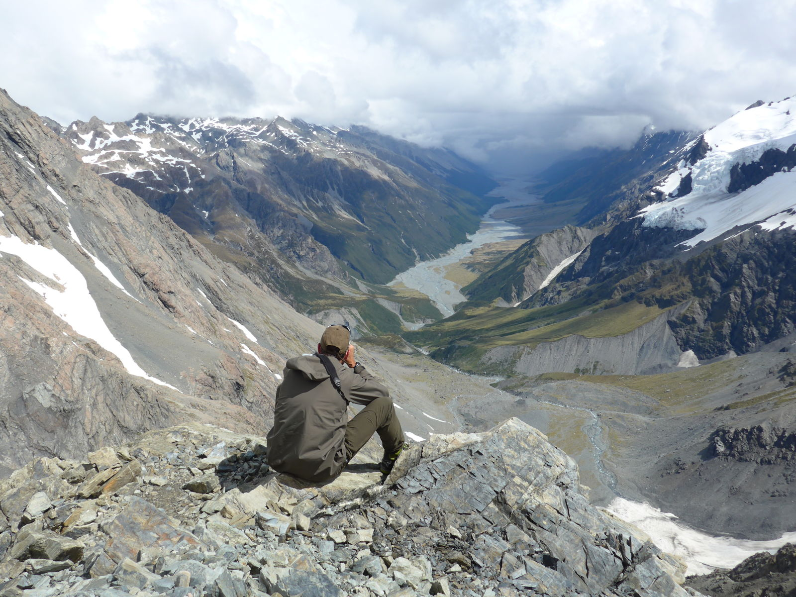 Wolfgang Schwarz glassing in the vast Southern Alps of New Zealand.