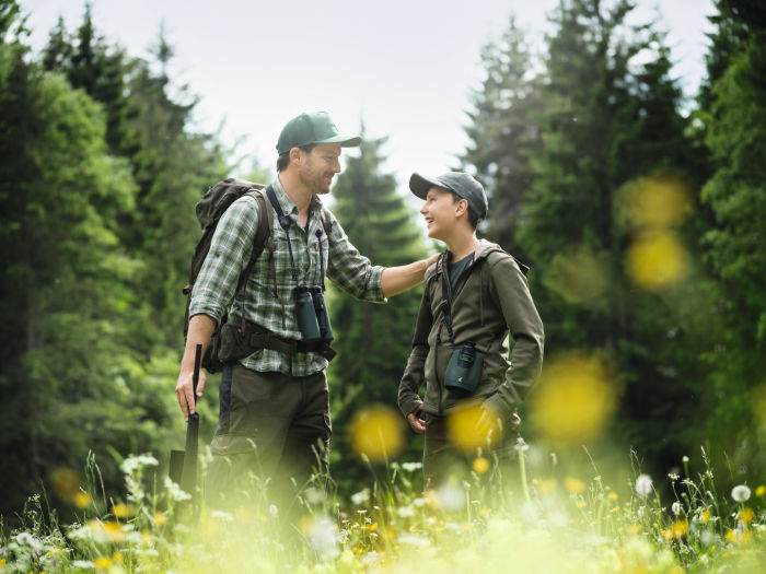 The fun of exploration – how the SWAROVSKI OPTIK dG turns everyone into a wildlife expert - Exploring nature with young people is both enriching and exciting.