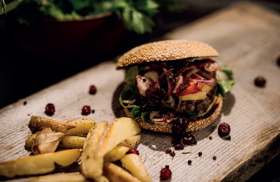 GAME MEAT BURGER WITH APPLE-RED CABBAGE-SLAW AND (SWEET) POTATO WEDGES BY MARKUS SÄMMER image