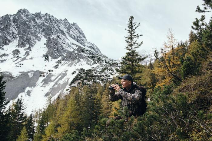 EL Range TA 10x42 hunter, Halltal