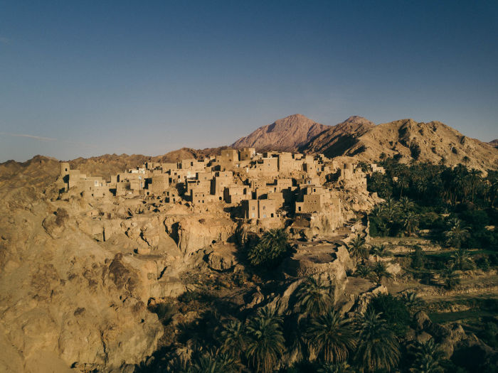 Swarovski Optik Surprises along the Silk Road Nature Outdoor dessert housing landscape