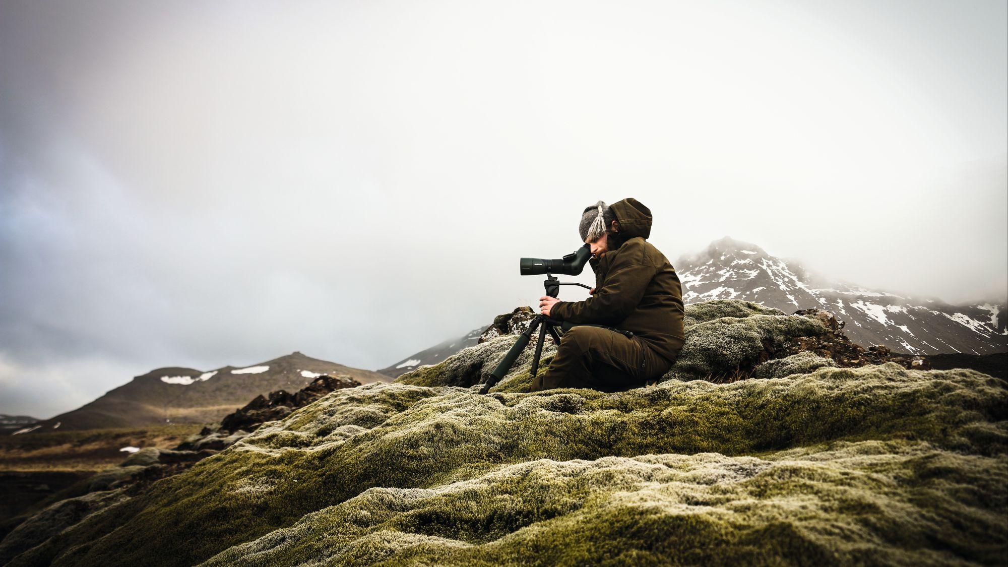 Iceland Hunters Gunnar SWAROVSKI OPTIK ATX 25-60x65