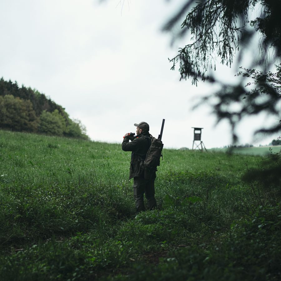 Patrick Hundorf Hessen standing in a field