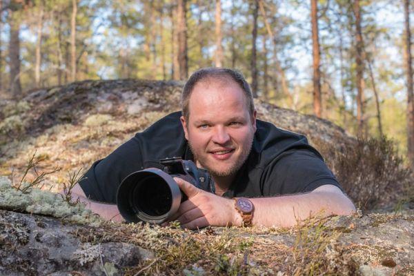 Entering the bears' realm O/ - Andreas Hütten Portrait