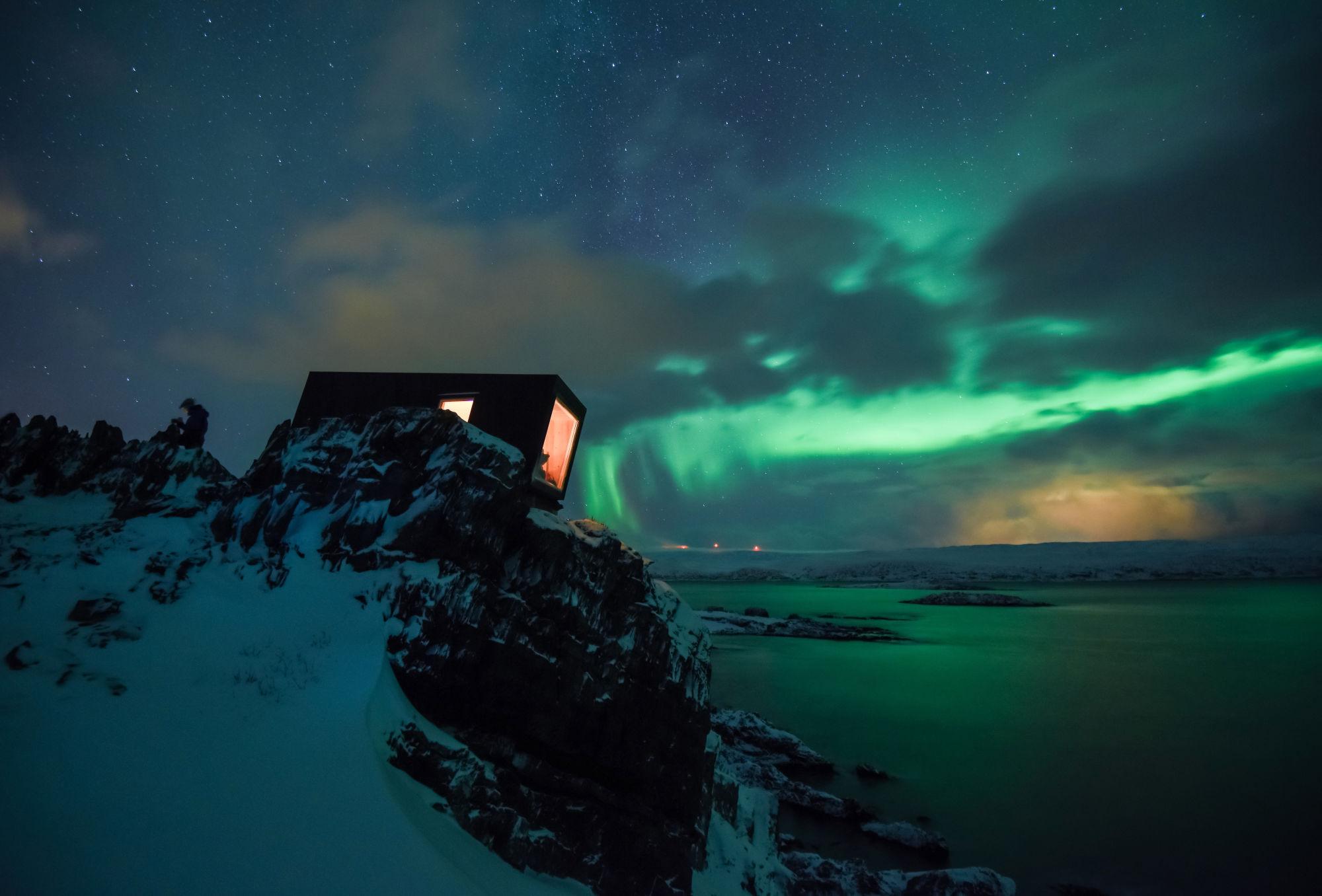 Hide and see Kongsfjord bird hide wind shelter December 6th 2016 - Tormod Amundsen © Biotope