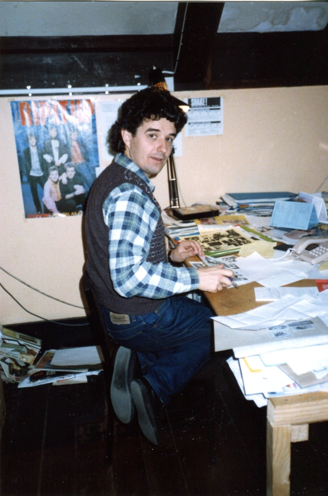 Rip It Up founder/editor Murray Cammick at the magazine's office in 1986\. Photo: Chris Bourke.