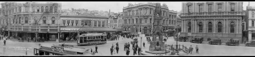 Panorama of Custom House Square in Dunedin, 1923-1928