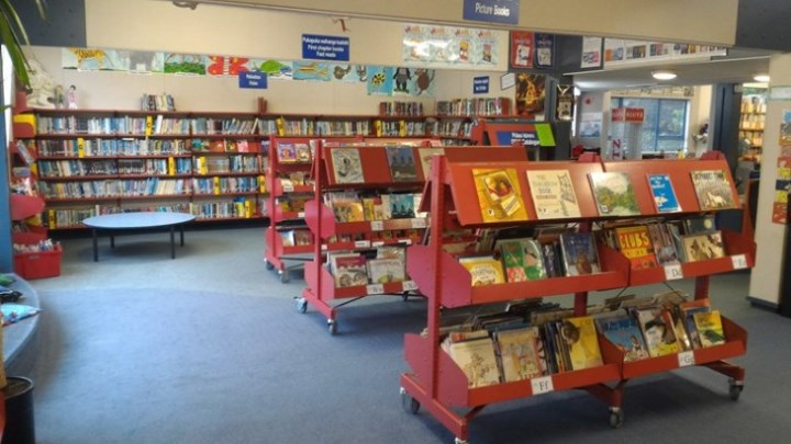 Karori West library